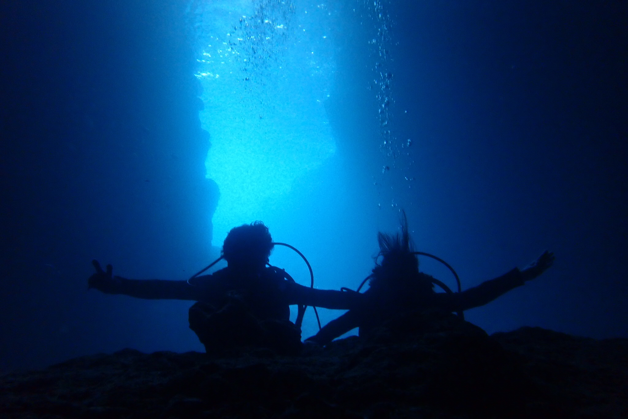 本日の青の洞窟